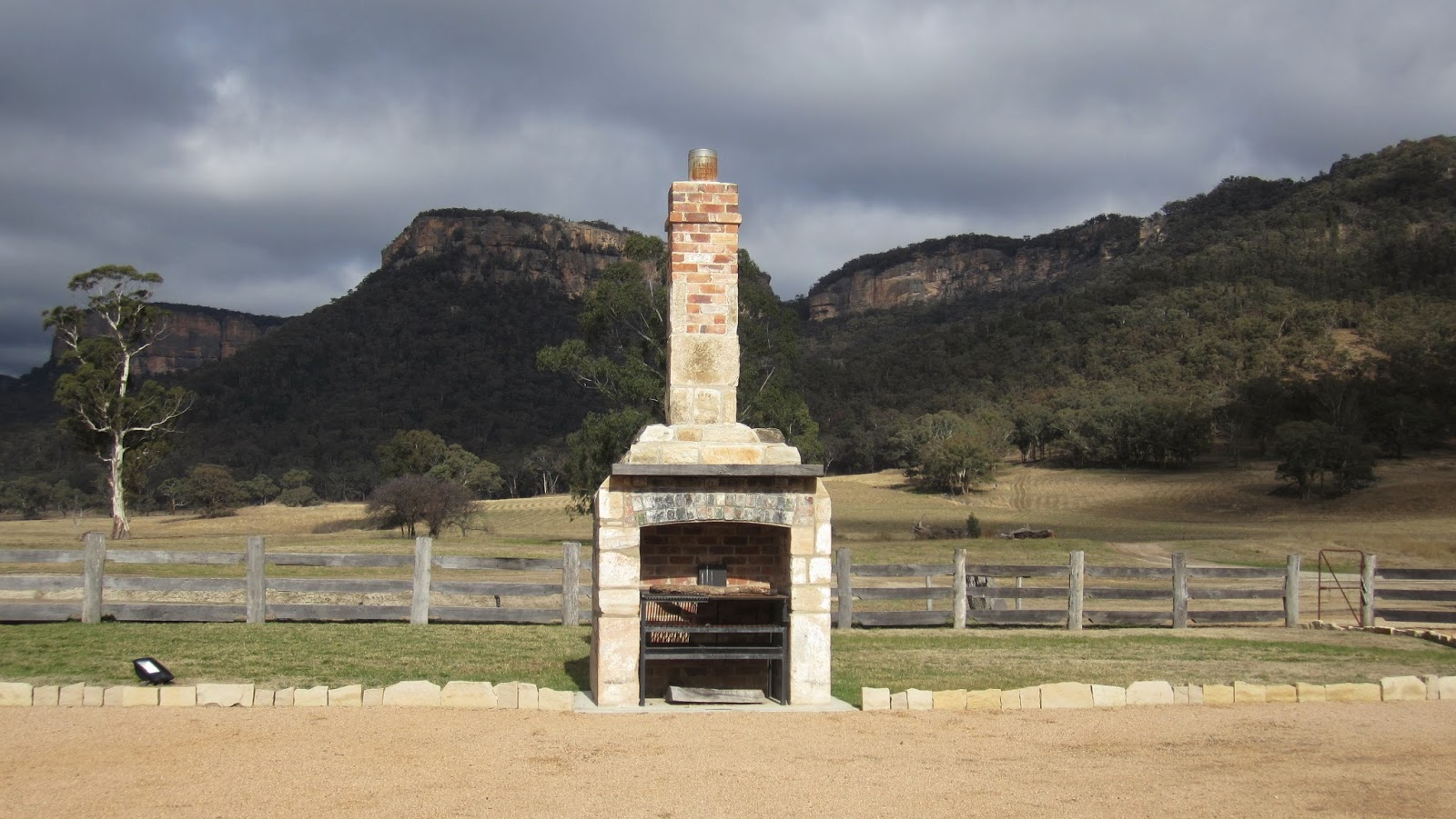"""Heritage Suites"" at Wolgan Valley nsw australia outdoor oven"
