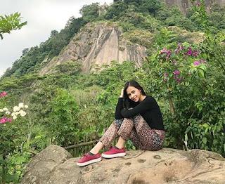 Cathy Fakandi Foto di Bukit