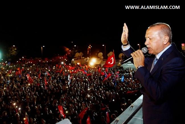 Recep Tayyip Erdogan menangkan pemilu Turki disambut gempita para ikhwah dakwah Islam.