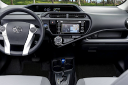 2018 Toyota Prius C Review