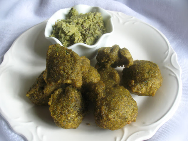 Mung Dal Vada - North Indian Lentil Fritters