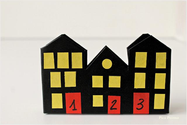 calendario-adviento-diy-imanes-puerta-nevera-cajas-medicamentos-recicladas-casa