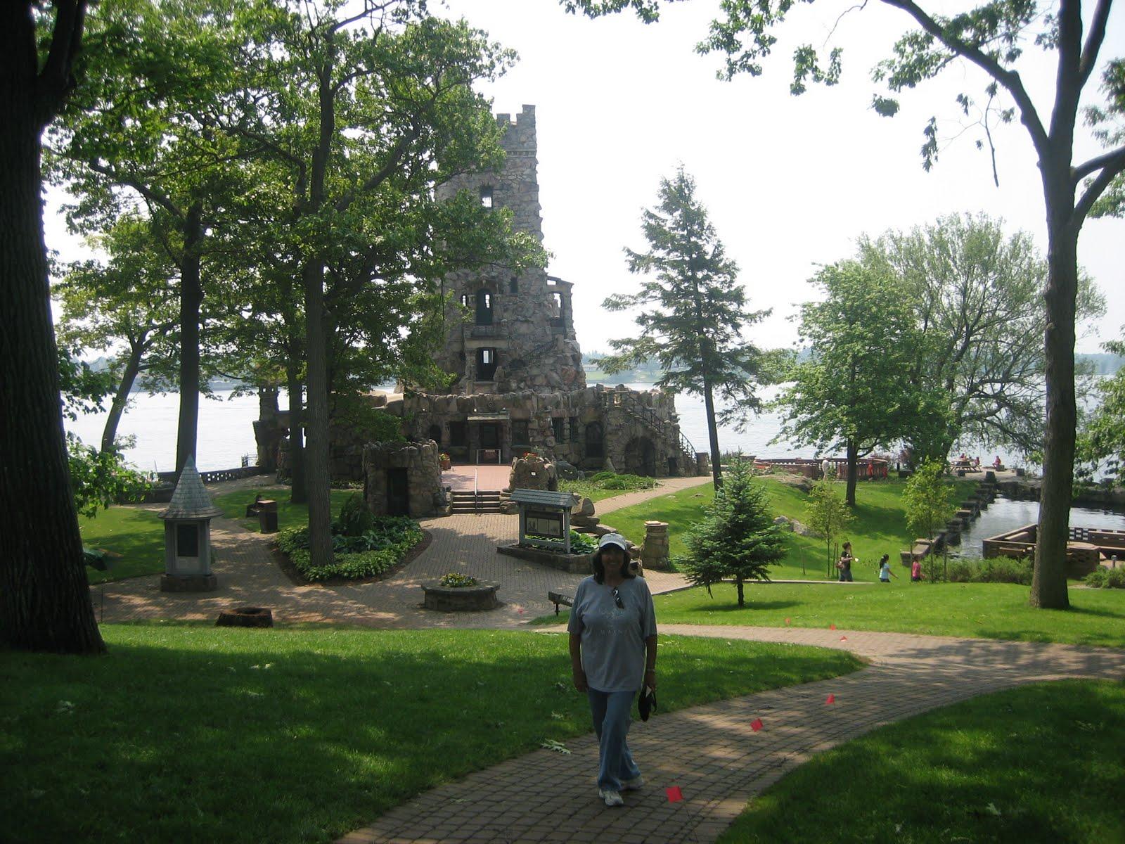 Kick S Travels Boldt Castle On Heart Island