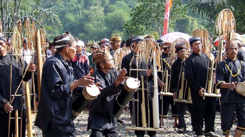 Mengenal Angklung Buhun Dari Masyarakat Adat Kasepuhan Kabupaten Lebak