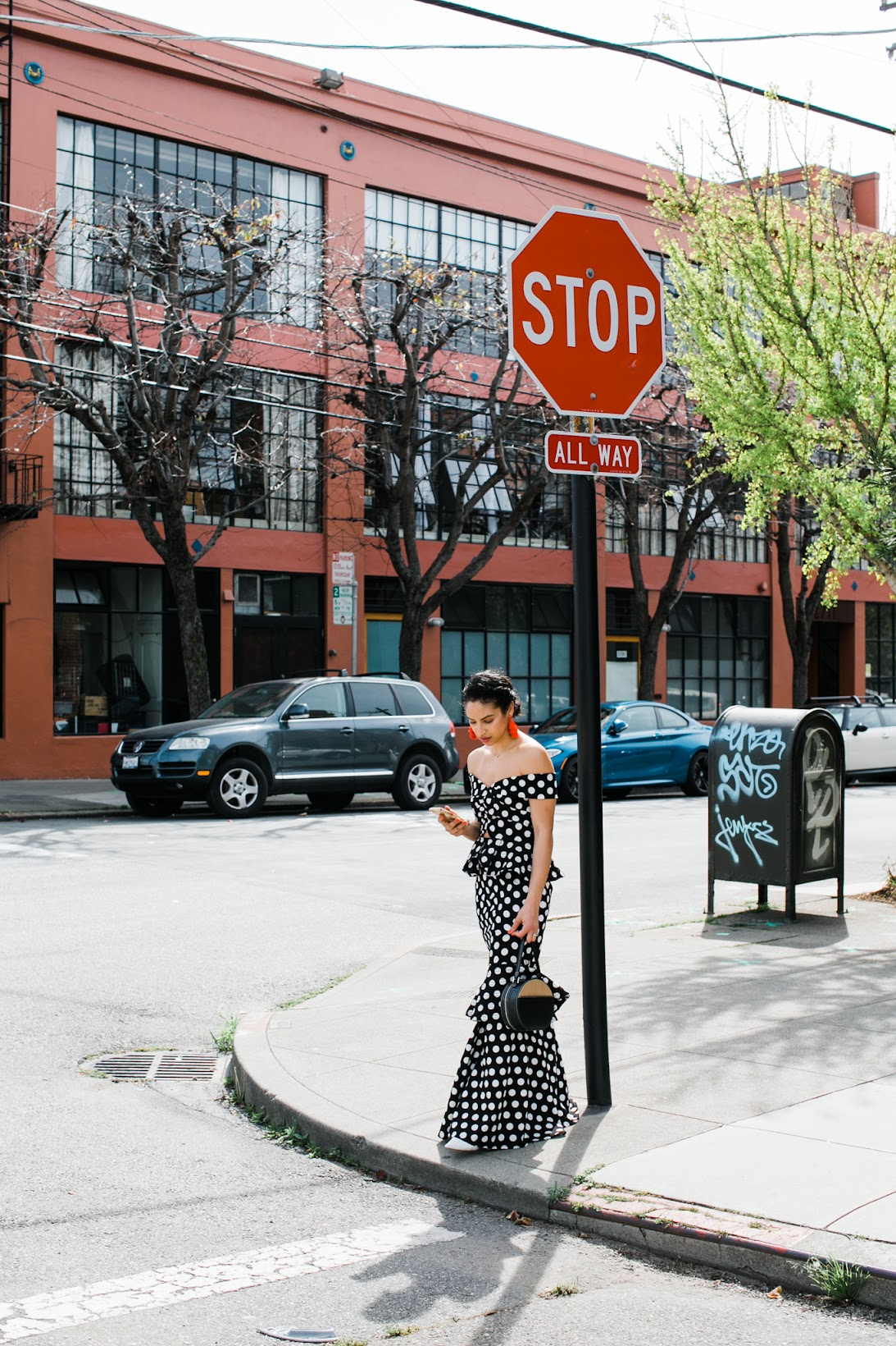 polka dot maxi dress, polka dot trend, polka dot ruffle maxi dress, black and white maxi dress, Vasic circle bag, red tassel earrings, spring style, san francisco style, how to wear polka dots