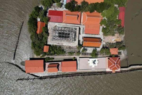 تھائی 'سچل مندر' ساحل کی کشیدگی کو چیلنج کرتی ہے