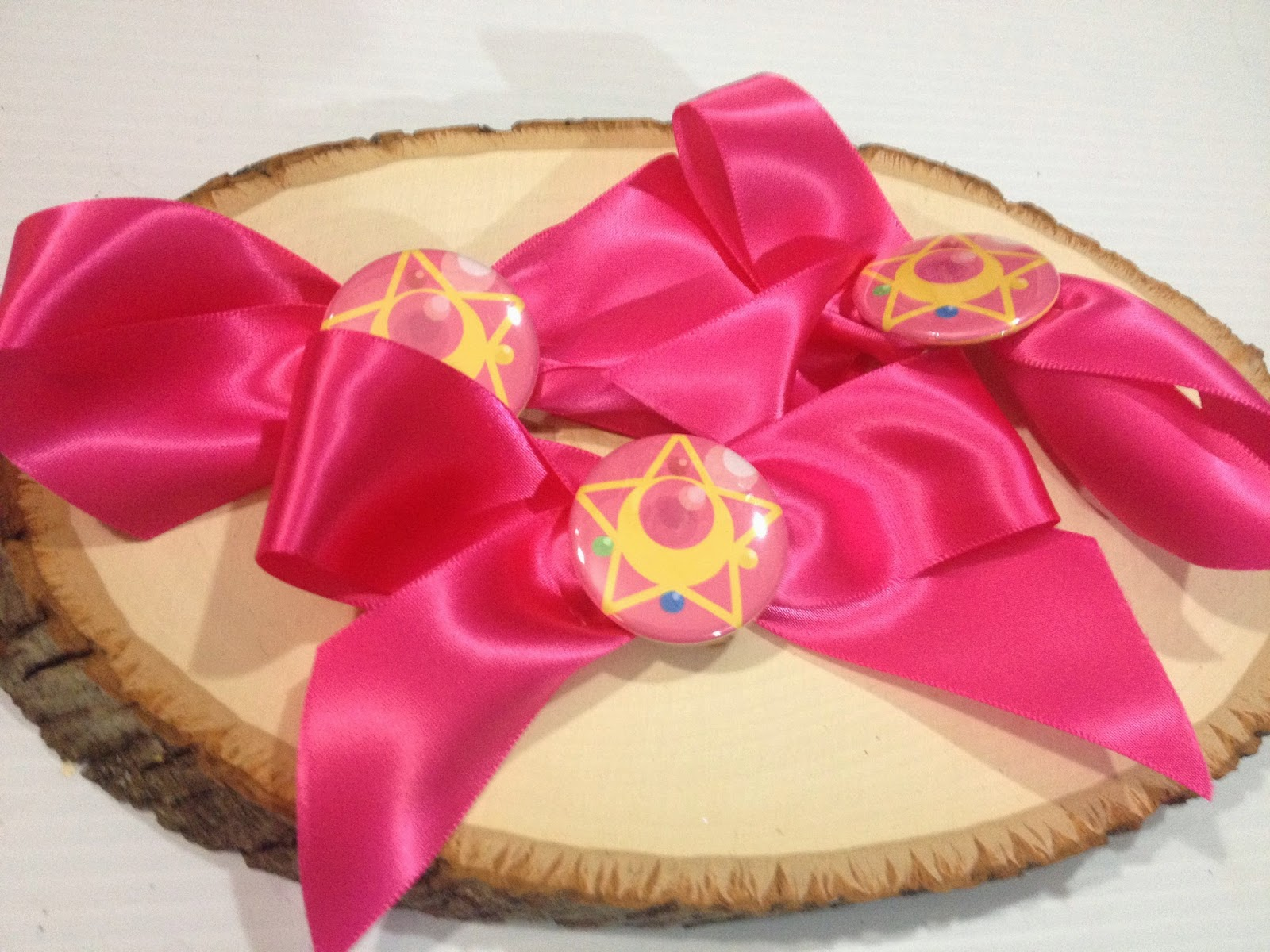 Sailor Moon, kawaii, sailor moon ribbon badge, Sailor Moon's Ribbon