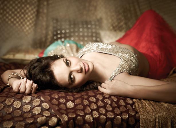 Esha Gupta filmfare photoshoot, Esha Gupta sexy pics, Esha Gupta masala photos