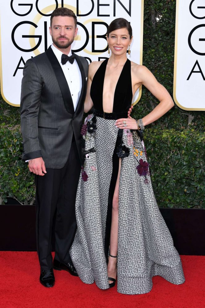 Jessica Biel takes the plunge in racy gown at the 2017 Golden Globes