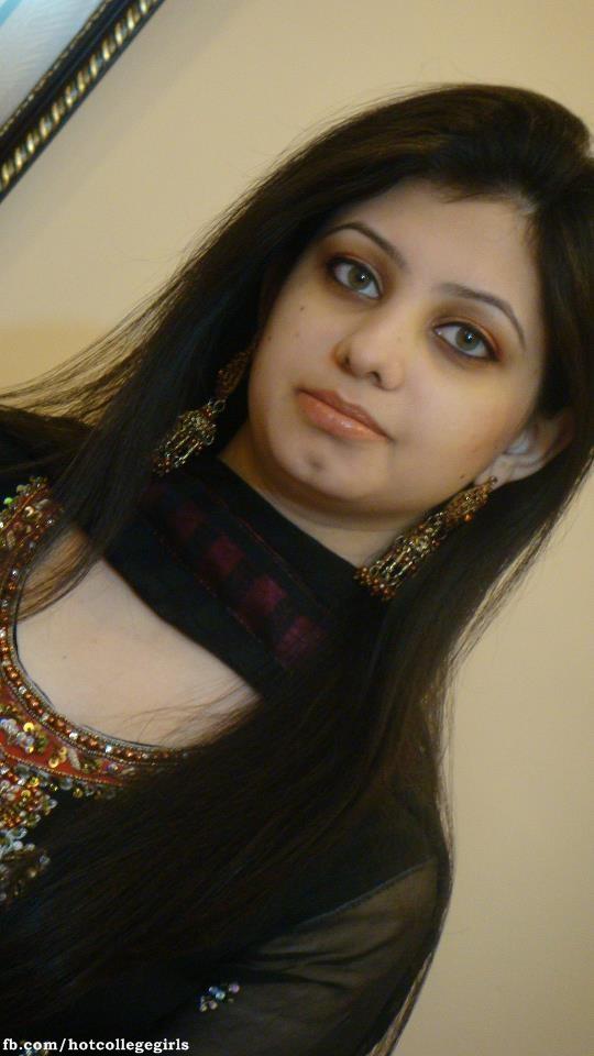 Pakistan Hostel Girls Sexy Pictures  Hot College Girls-9462