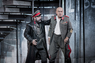Simon Thorpe & Mikhail Svetlov - Montemezzi's L'amore dei tre Re - Opera Holland Park - photo Robert Workman