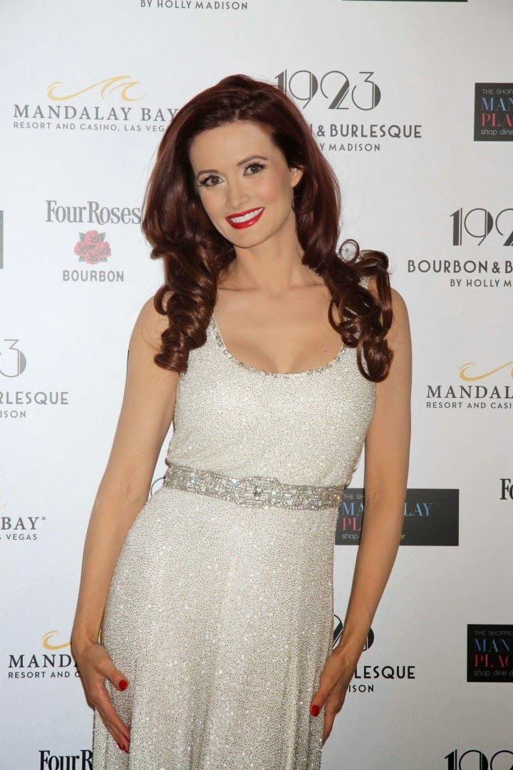 Holly Madison at the Bourbon & Burlesque opening