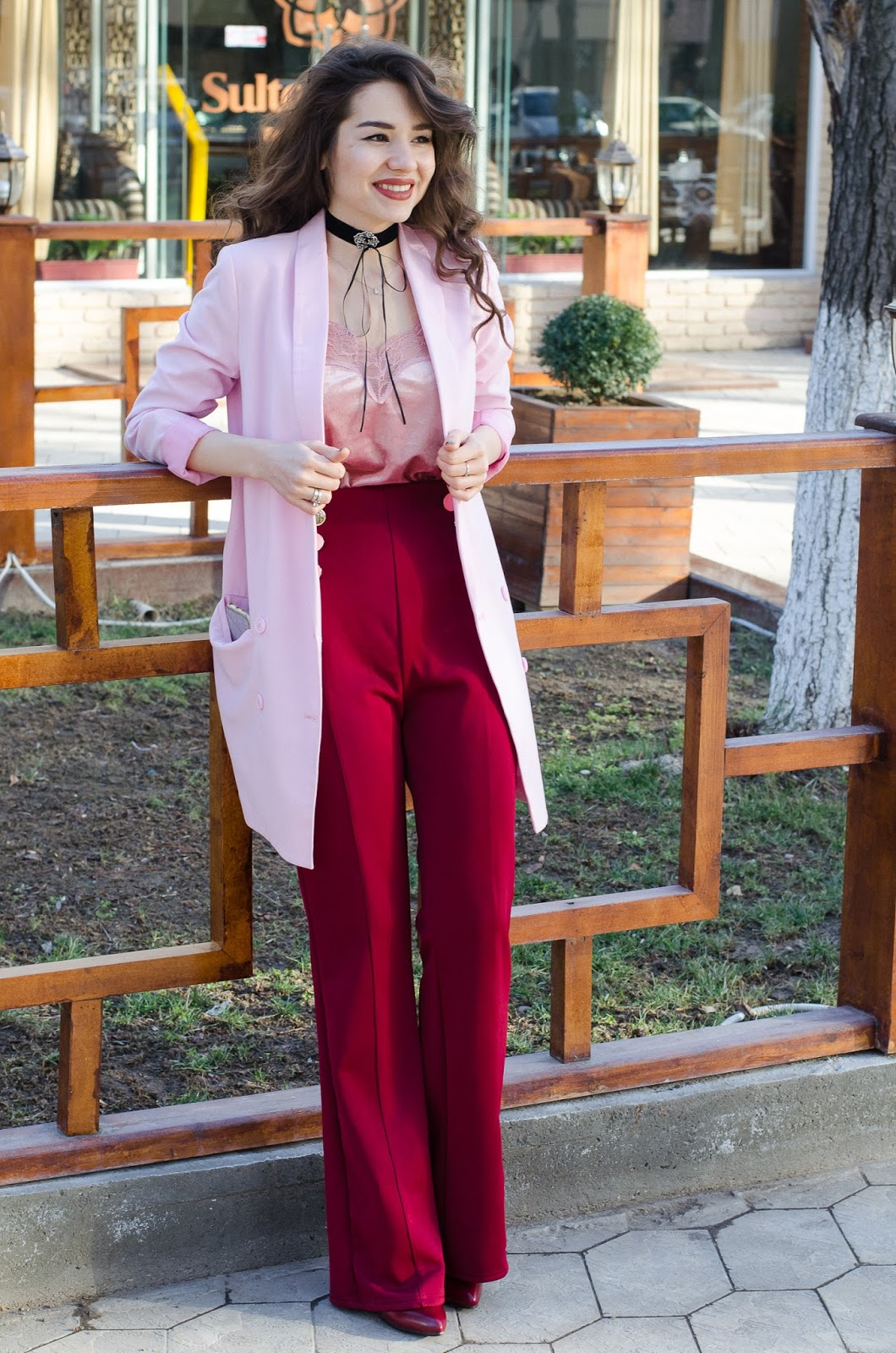 fashion blogger diyorasnotes wide leg pants cami top pink jacket asos choker