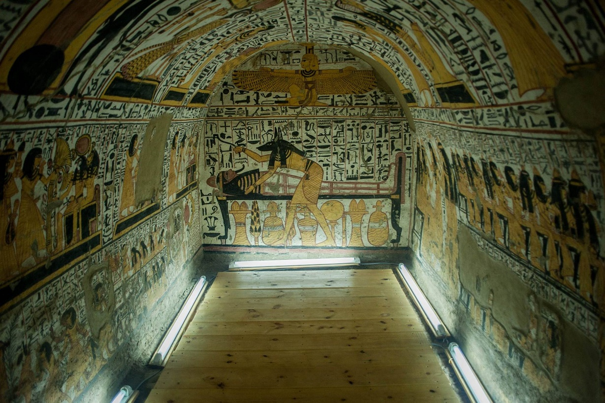 Four egyptian tombs open to public for the first time for Ancient egyptian tomb decoration