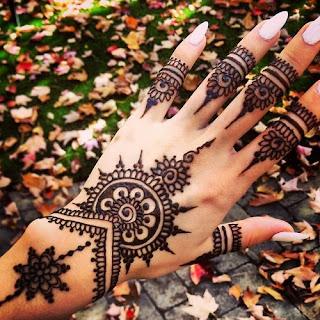 Ide Desain Gambar Tato Henna Keren Untuk Cewek Gambar Tips Info