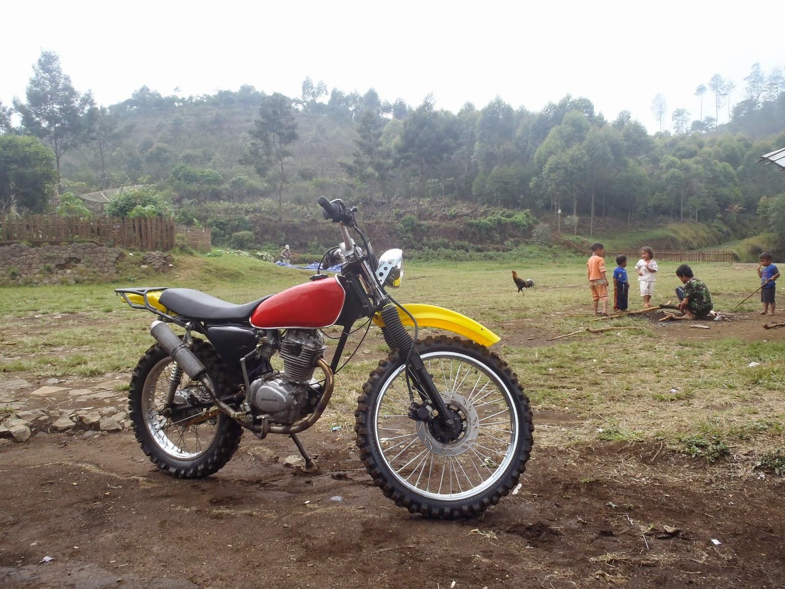 10 Modifikasi Motor Honda CB 100 Keren Dan Elegan Otomotiva