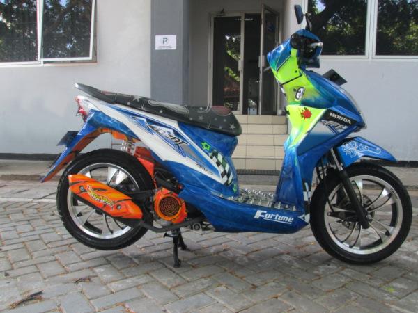 Modifikasi Motor Honda Beat Injeksi Airbrush  Modifikasi