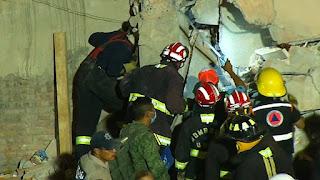 έρευνες για επιζώντες μετά τον φονικό σεισμό στο Μεξικό