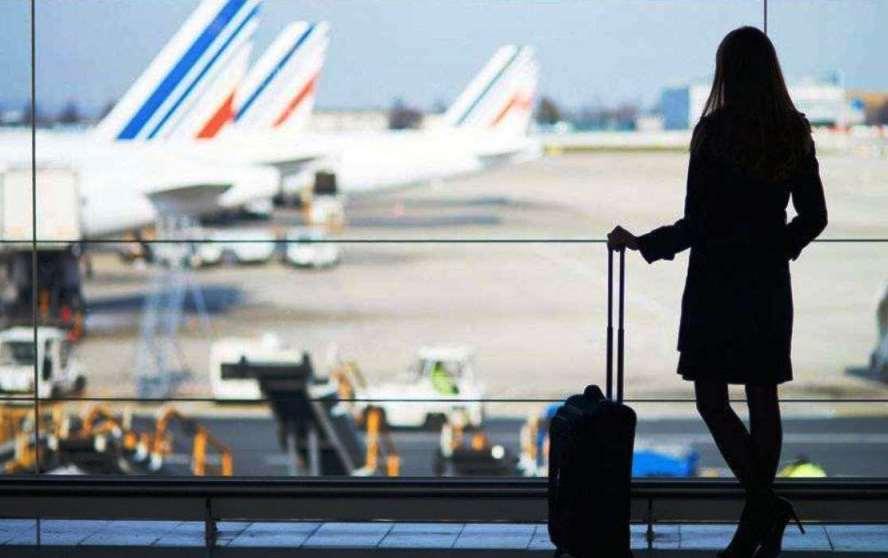 Sık Uçak Yolculuğu Yapanlar İçin Dikkat Edilmesi Gereken 10 Öneri