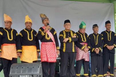 Gelar Tablig Akbar, Tokoh Adat di Kampar Deklarasi Dukung Jokowi-Ma'ruf Amin