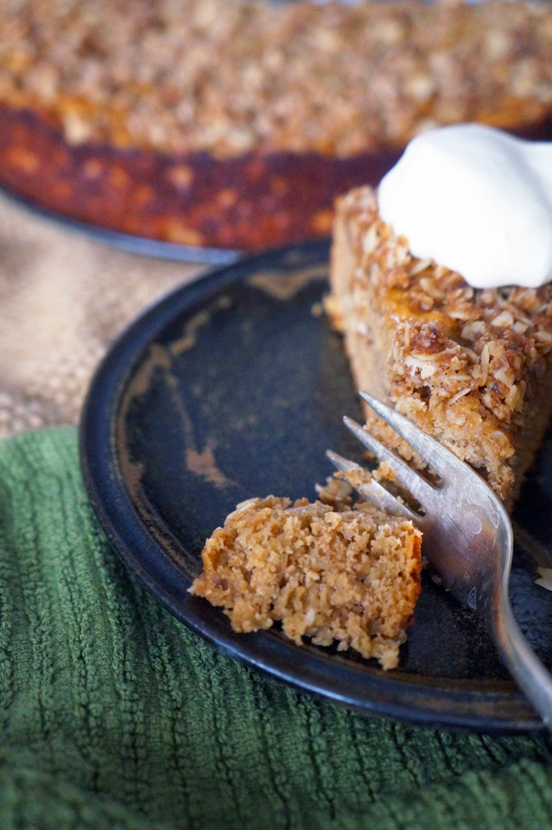 Apple Cinnamon Cake Without Eggs
