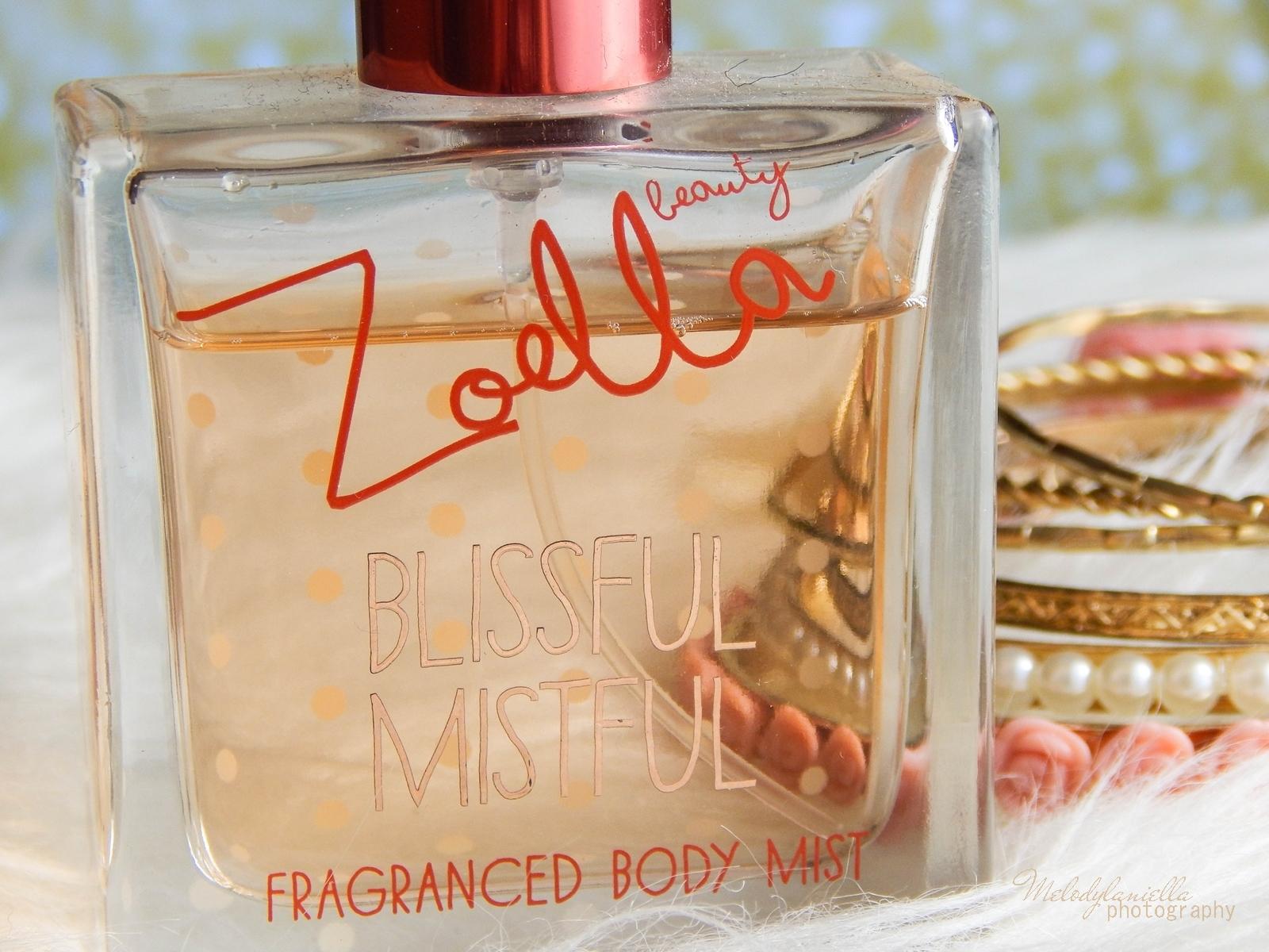 Zoella Blissful Mistful perfumy Zoella Beauty Superdrug recenzja kosmetyki Zoe Sugg moje ulubione perfumy na zimę melodylaniella style lifestyle blog ciekawe zoella