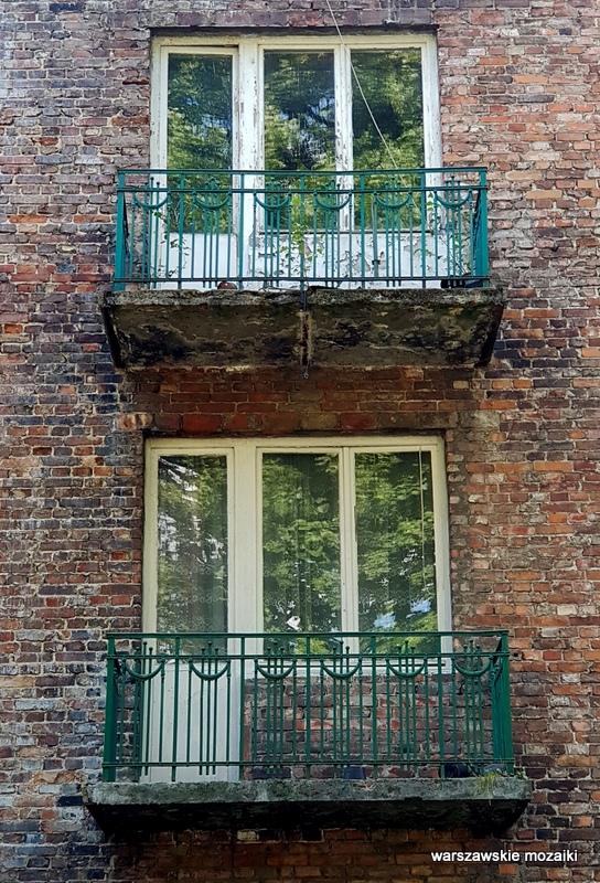 Warszawa Warsaw Saska Kępa lata 30 architektura willa ulice Saskiej Kępy balkon kamienica czerwona cegła