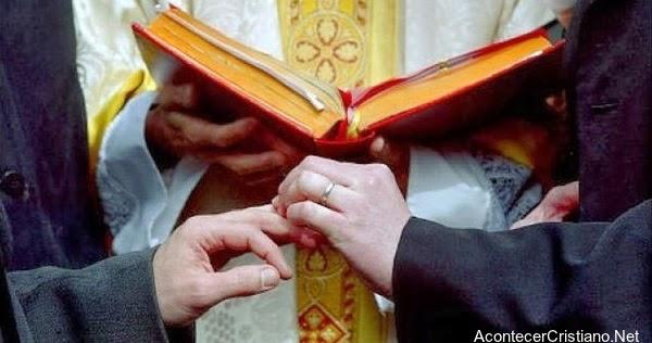 Matrimoni Gay En La Iglesia