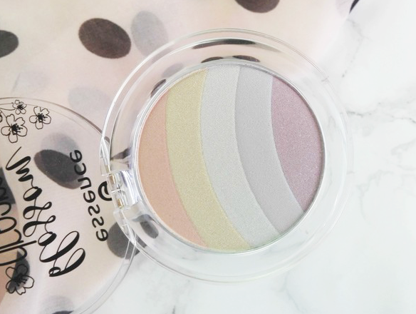 Essence Blossom Dreams TE Rainbow Highlighter 01 Prism of Light