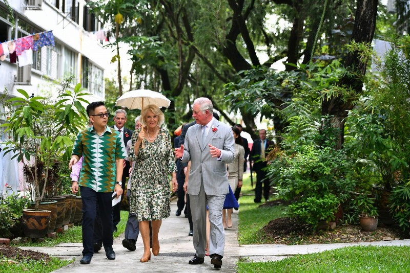 Their Royal Highnesses at Tiong Bahru estate.