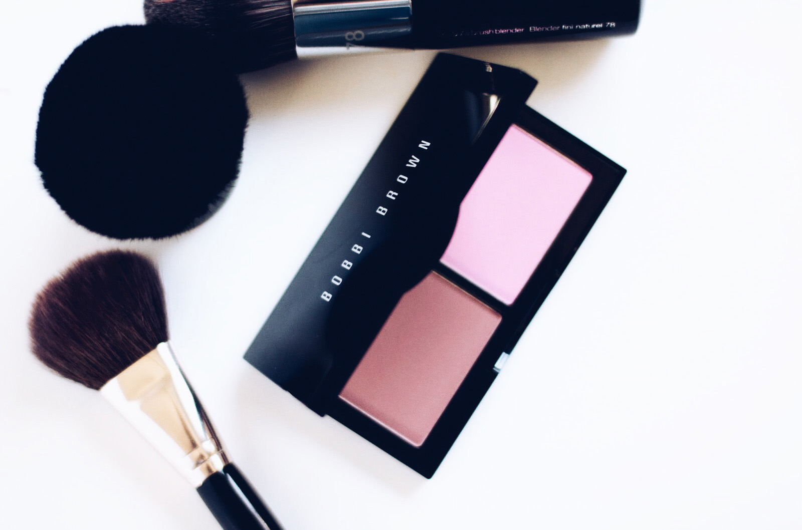 bobbi brown blush duo sand pink pale pink avis test swatches