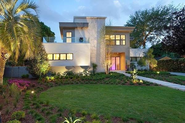 Miwa Residence by Phil Kean Design Group