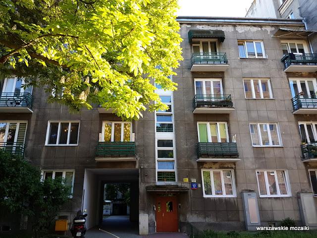 Warszawa Warsaw Stara Ochota ulica kamienice przedwojenne architektura