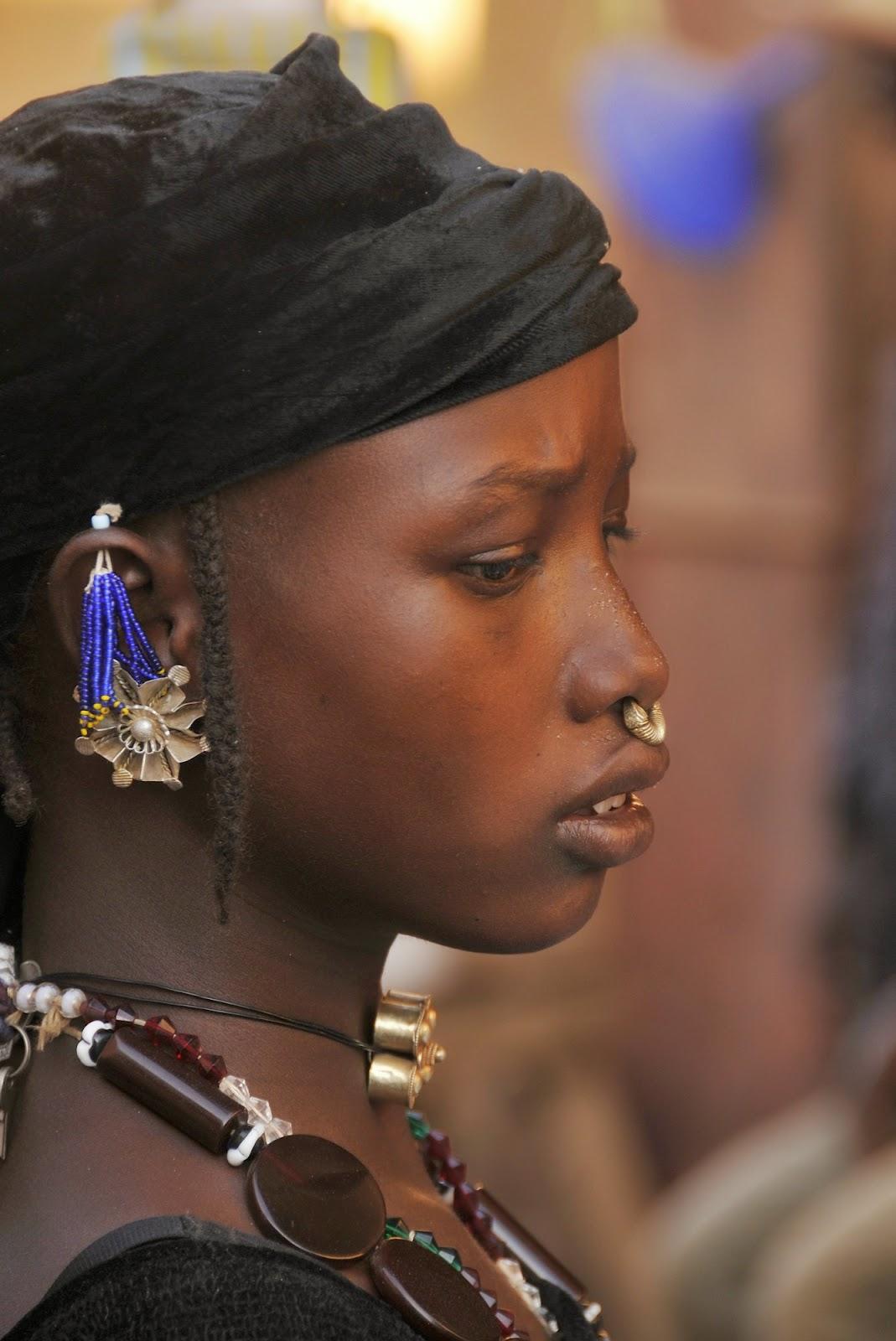 Afectos y emociones alrededor del mundo: las pasiones tribales.