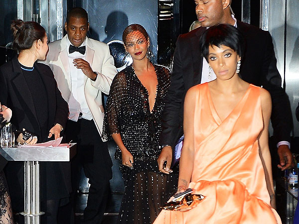 """""""Jay Z finally breaks the silence about the 2014 elevator fight which he had with sister in law Solange Knowles as Beyonce Looked on"""""""