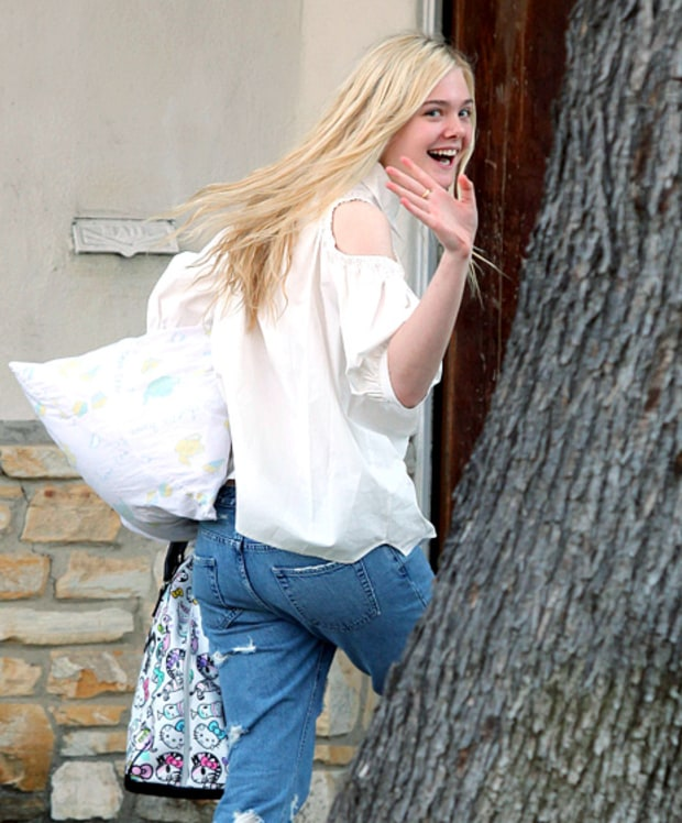 Elle fanning hot