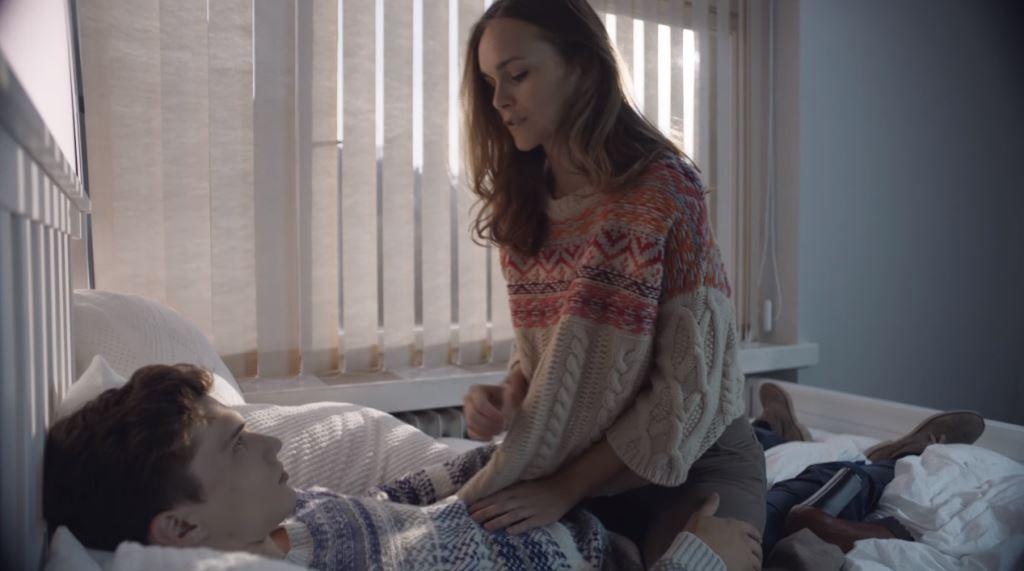 Modella Pubblicità Benetton mamma e papa' spot Cloths for Humans testimonial