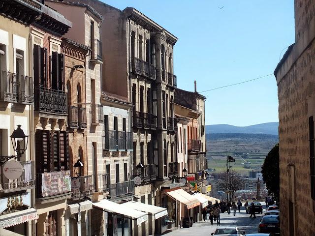 Por los alrededores de la muralla de Ávila