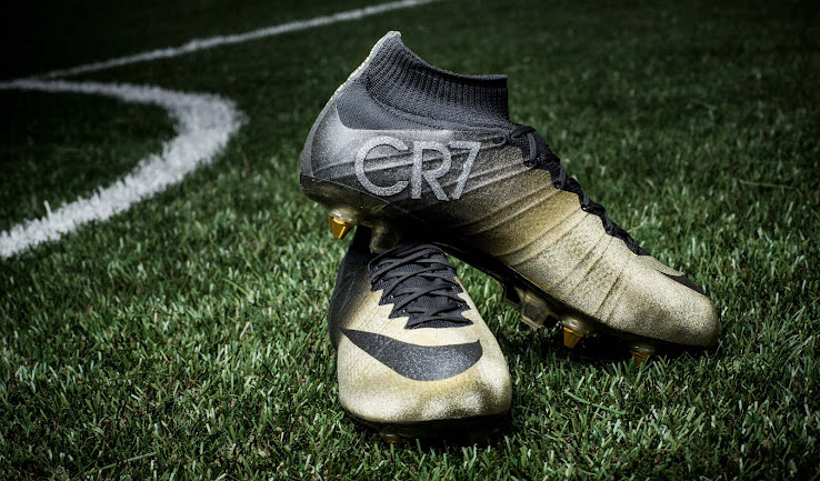 competitive price ba37d 71061 The new Ballon d'Or Nike Mercurial Superfly Cristiano Ronaldo Rare Gold 2015  Soccer Cleats feature a unique design.