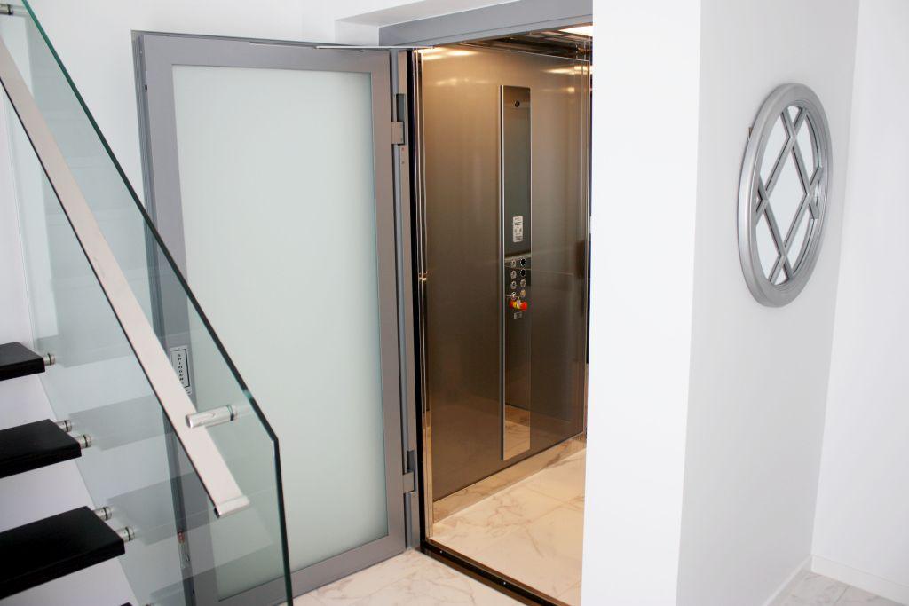 Frameless Black Shaft   Luxury Home Elevators Brisbane - Lift Shop ...