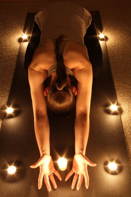 Yoga to Live Music Surrounded by Candlelight