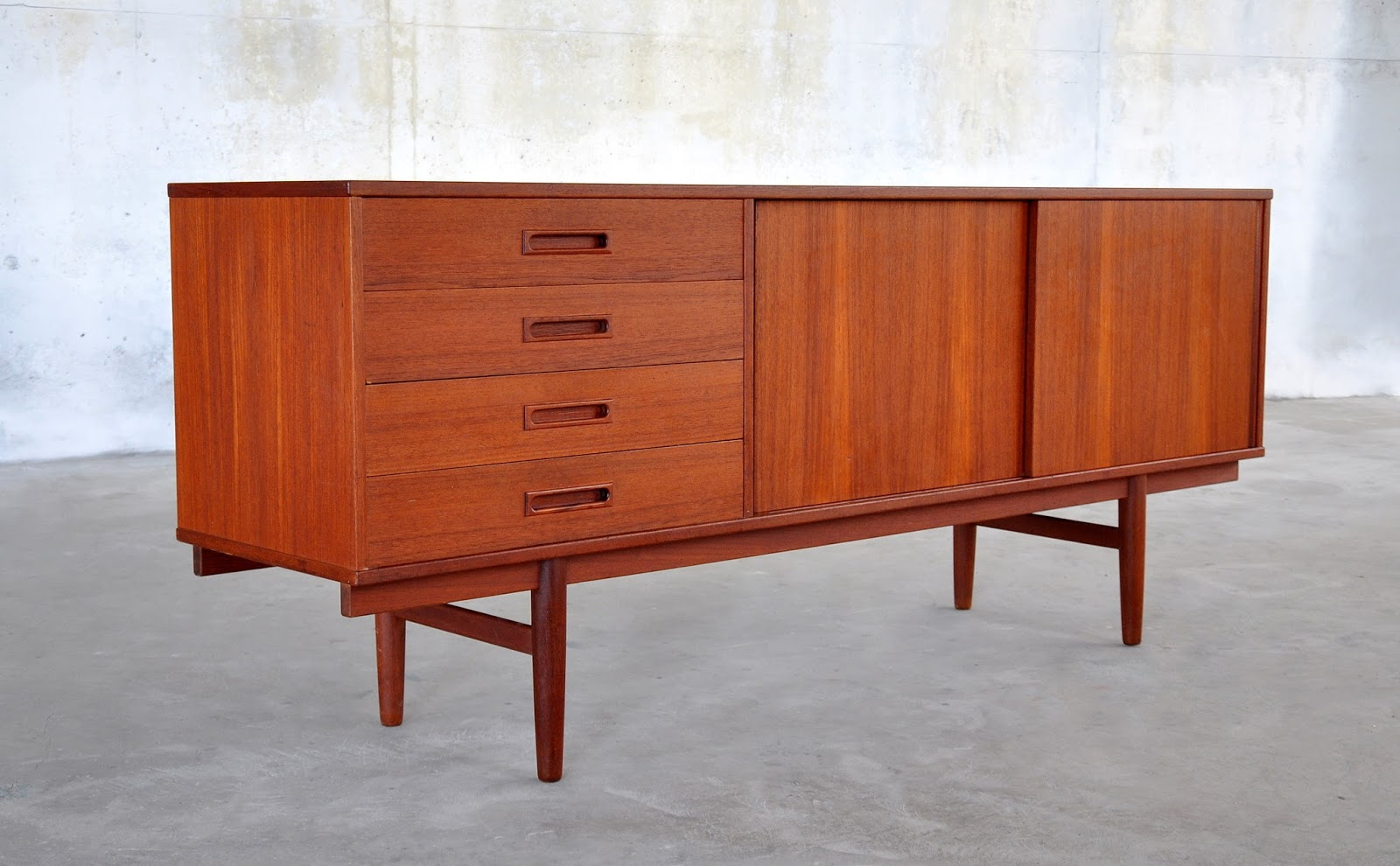 SELECT MODERN Danish Modern Teak Credenza, Buffet, Sideboard or Bar