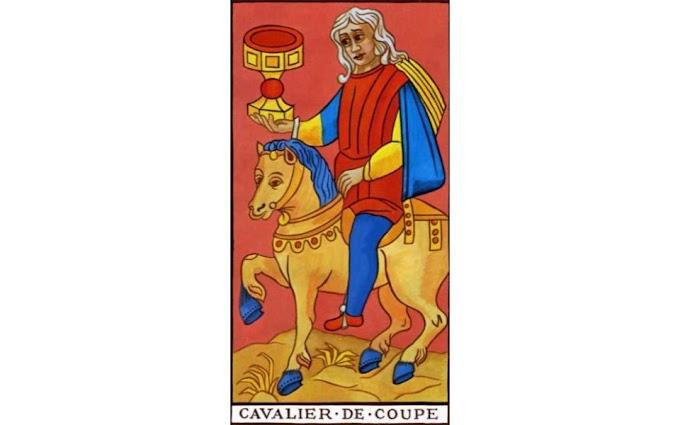 La Signification Exacte Du Cavalier De Coupe Du Tarot De Marseille