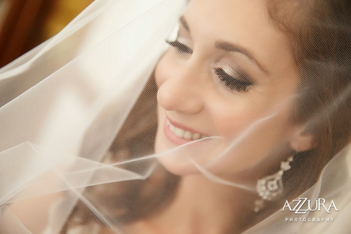 Bridal portrait photographed by Azzura Photography