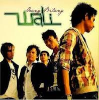 Download Lagu Wali - Puaskah.Mp3 (3.78 Mb)