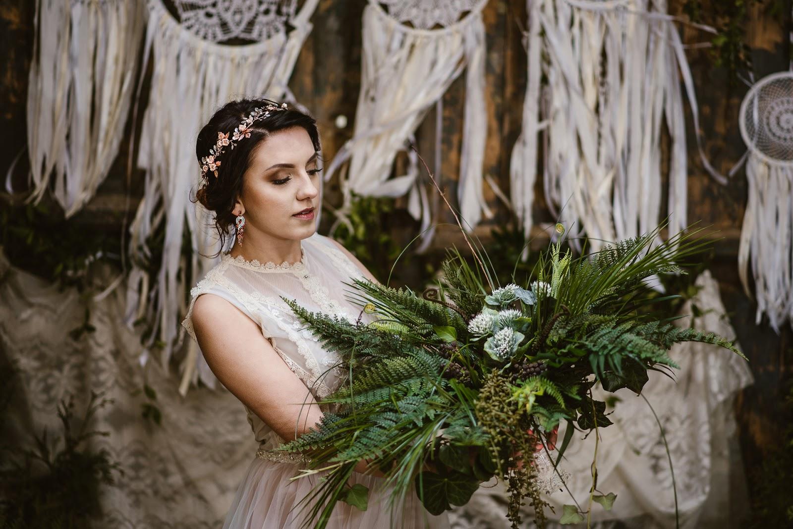 Biżuteryjny wianek ślubny rose gold