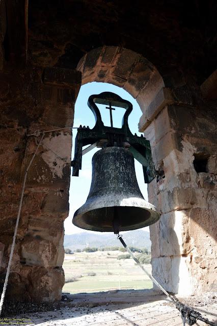 alobras-teruel-iglesia-parroquial-campana