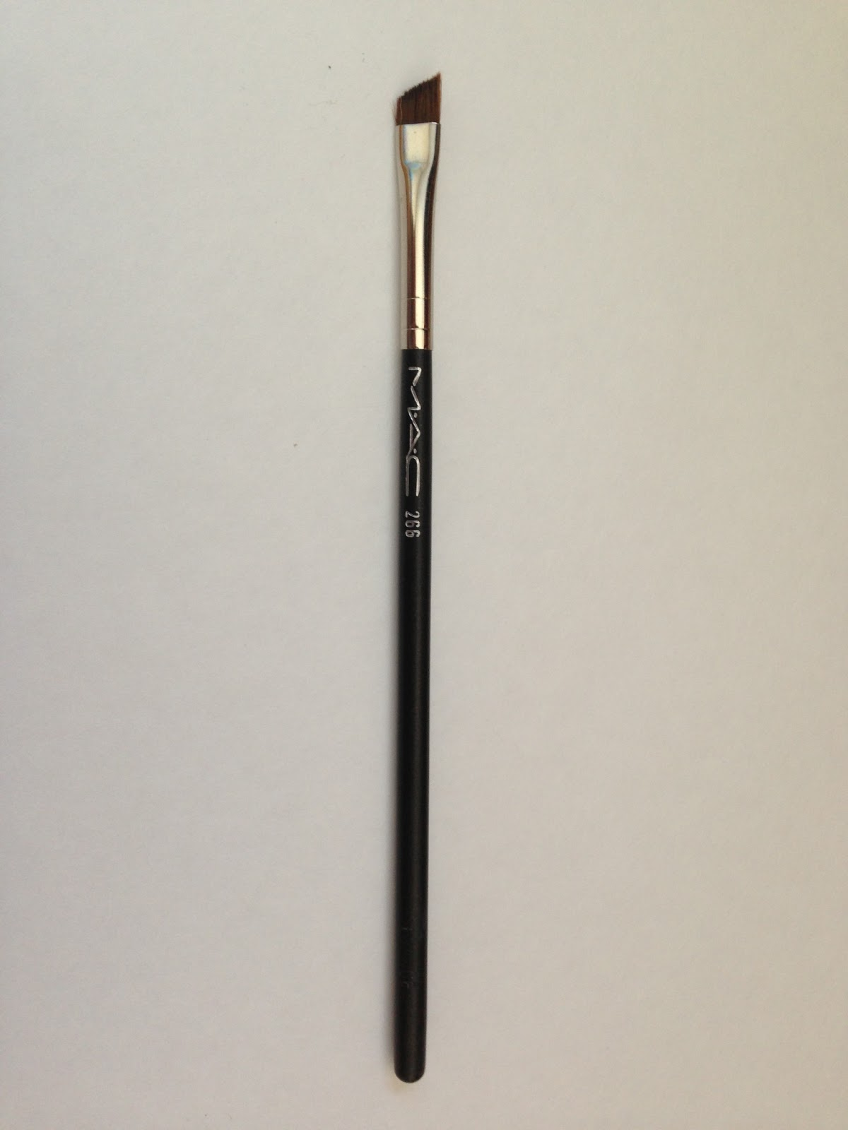 208 Synthetic Angled Brow Brush by MAC #14
