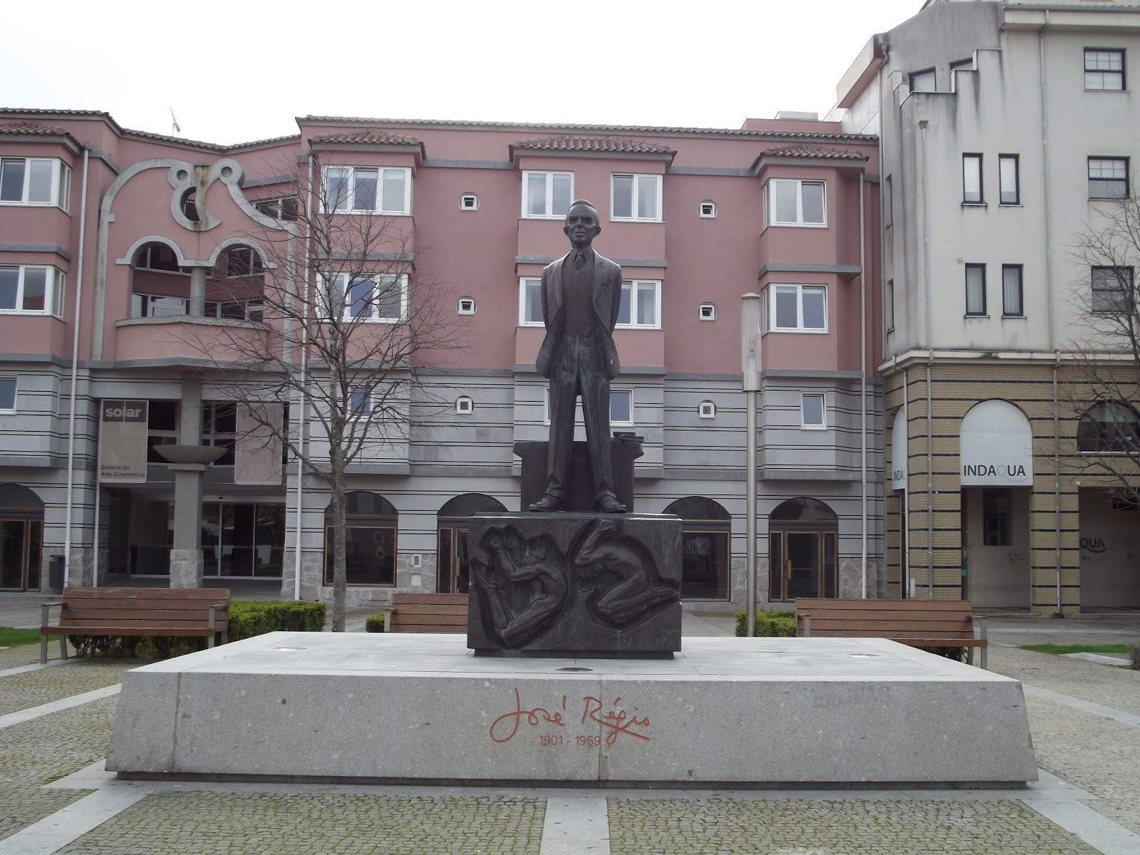 Resultado de imagem para josé regio estatua em vila do conde