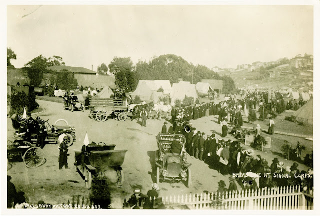 Bread line, 1906 California Historical Society